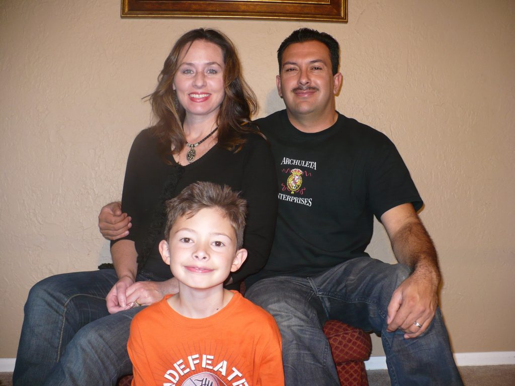 eric-and-renee-archuleta-family